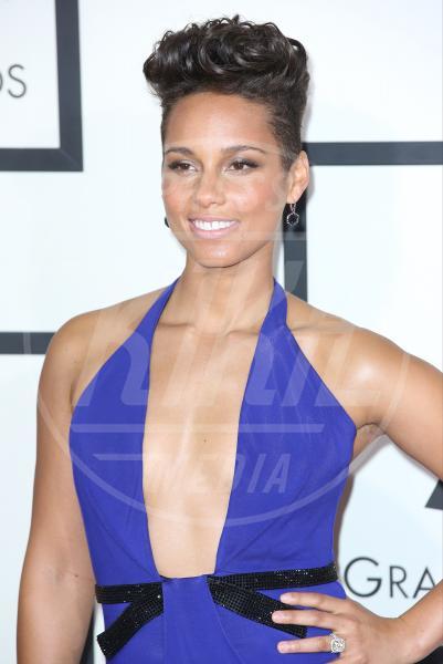 Alicia Keys - Los Angeles - 26-01-2014 - Reggiseno? No grazie, le star lasciano intravedere tutto