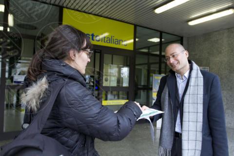 """Giovanni Cafaro - Milano - 27-01-2014 - """"Non avete tempo per le code? Ci penso io"""""""