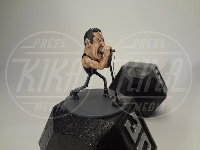Nocciolina americana, Freddie Mercury - Kentucky - 28-01-2014 - Le celebrity? Sono un pugno di… noccioline!