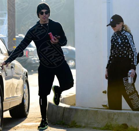 Timor Steffens, Madonna - Beverly Hills - 29-01-2014 - Da Halle Berry a Brigitte Macron: le donne amano i giovani