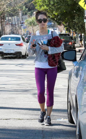 Cara Santana - Los Angeles - 03-02-2014 - Ogni giorno una passerella: Gwen Stefani senza trucco