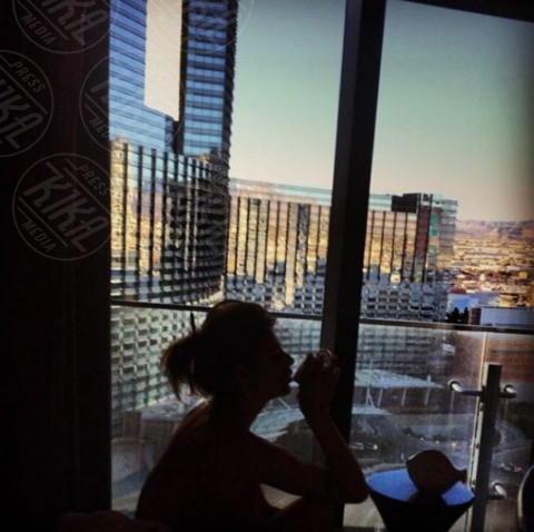 Elisabetta Canalis - Los Angeles - 30-01-2014 - Dillo con un tweet: Balotelli alza di nuovo la cresta