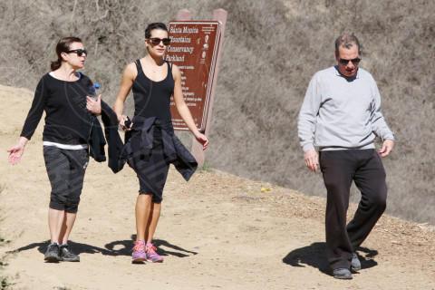 Marc Sarfati, Edith Sarfati, Lea Michele - Los Angeles - 03-02-2014 - Ogni giorno una passerella: Gwen Stefani senza trucco