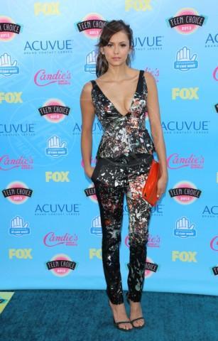 Nina Dobrev - Universal City - 11-08-2013 - La tuta glam-chic conquista le celebrity