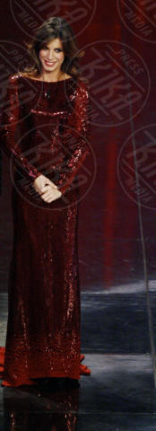 Elisabetta Canalis - Sanremo - 18-02-2011 - Elisabetta Canalis in Jane Fonda: chi lo indossa meglio?