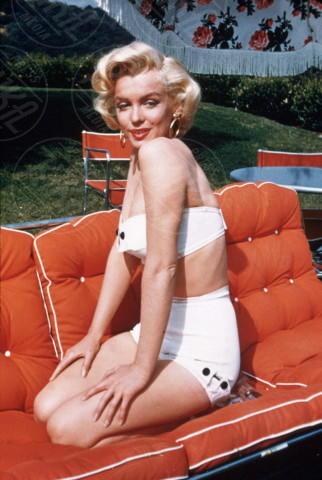 Marilyn Monroe - Hollywood - 01-06-1954 - Kendall Jenner e Bella Thorne come Marilyn su Love Magazine