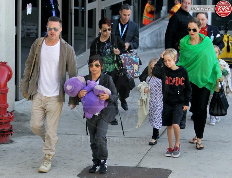 Vivienne Jolie Pitt, Shiloh Jolie Pitt, Maddox Jolie Pitt, Zahara Jolie Pitt, Pax Thien Jolie Pitt, Angelina Jolie, Brad Pitt - Los Angeles - 05-02-2014 - Addio Brangelina: Jolie ha chiesto il divorzio da Brad Pitt
