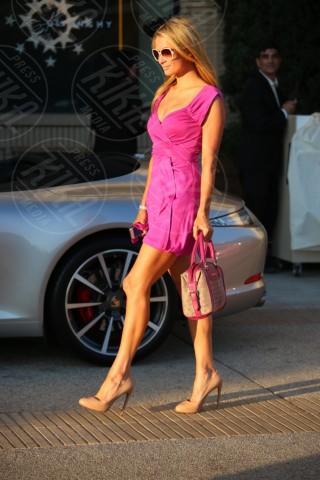 Paris Hilton - Los Angeles - 05-02-2014 - Emily Ratajkowski, lato B da urlo. Ecco le foto