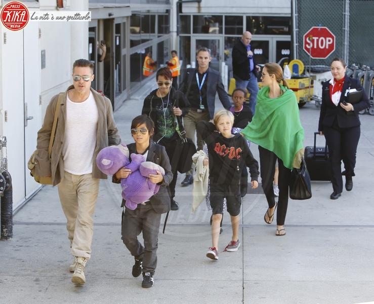 Shiloh Jolie Pitt, Knox Leon Jolie Pitt, Pax Thien Jolie Pitt, Angelina Jolie, Brad Pitt - Los Angeles - 05-02-2014 - Jolie-Pitt: nuovo accordo per l'estate sulla custodia dei figli