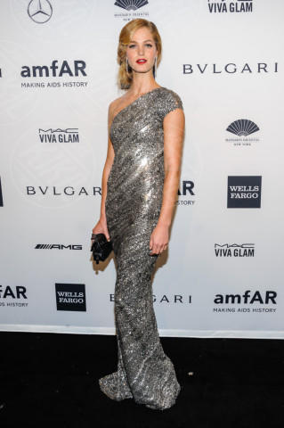 Erin Heatherton - New York - 05-02-2014 - Sul red carpet come una dea: il ritorno del monospalla