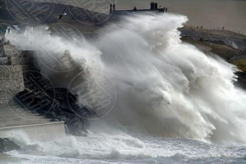 Charlie - Porthleven - 08-02-2014 - La super tempesta Charlie vista dall'alto