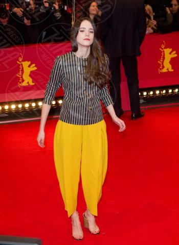 Stacey Martin - Berlino - 09-02-2014 - Il giallo, un trend perchè torni a splendere il sole