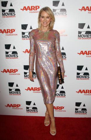 Naomi Watts - Beverly Hills - 10-02-2014 - Lindsay Lohan e Naomi Watts: chi lo indossa meglio?