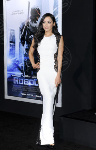 Aimee Garcia - Los Angeles - 11-02-2014 - Vade retro abito! Abbie Cornish in Nicholas Oakwell