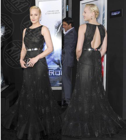 Abbie Cornish - Los Angeles - 11-02-2014 - Vade retro abito! Abbie Cornish in Nicholas Oakwell