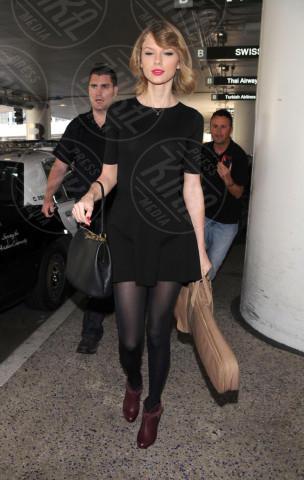 Los Angeles - 12-02-2014 - In carrozza! Anche il viaggio ha il suo dress code