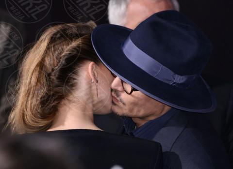 Amber Heard, Johnny Depp - Hollywood - 12-02-2014 - Romanticismo: la chiave per entrare nel cuore delle donne