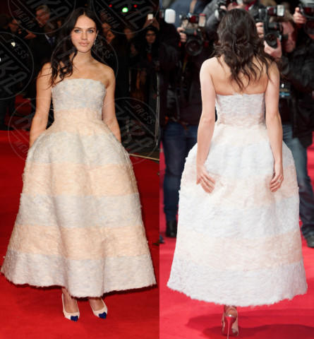 Vade retro abito! Jessica Brown Findlay in Christian Dior