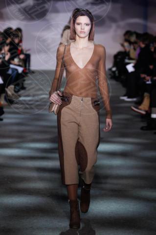 Kendall Jenner - New York - 13-02-2014 - Le modella più popolare? Lo decide il gossip