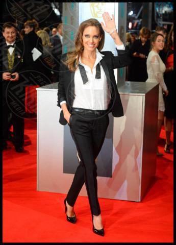 Angelina Jolie - Londra - 16-02-2014 - Bafta 2014: i Brangelina in doppio smoking