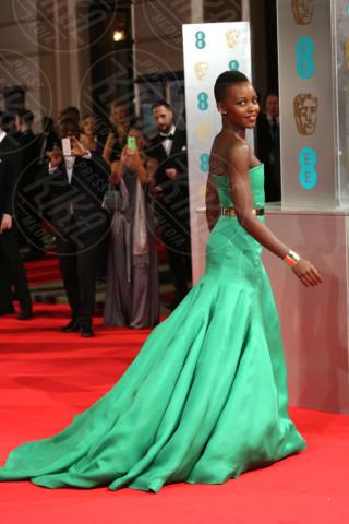 Lupita Nyong'o - Londra - 17-02-2014 - Vade retro abito! Le scelte delle star ai BAFTA 2014
