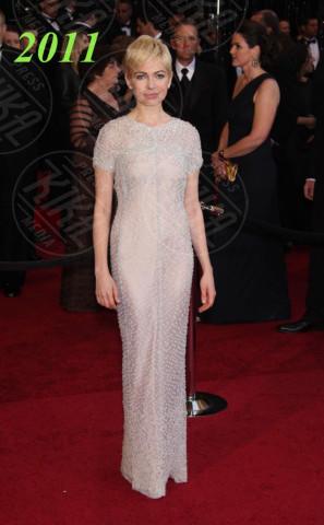 Michelle Williams - Hollywood - 27-02-2011 - Oscar dell'eleganza 2010-2014: 5 anni di best dressed