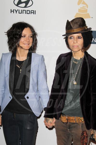 Linda Perry, Sara Gilbert - Los Angeles - 09-02-2013 - Cara, Michelle e le altre: quando lei & lei sono in coppia