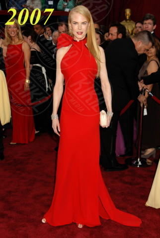 25-02-2007 - Nicole Kidman ed Emma Stone: chi lo indossa meglio?