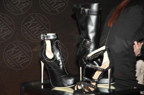 Joshua Fenu - 20-02-2014 - Milano Fashion Week: Nina Moric in versione Morticia Addams