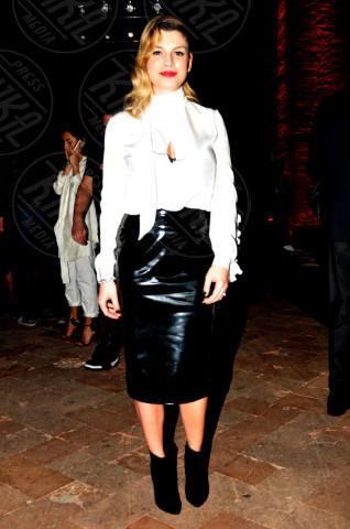 Emma Marrone - Milano - 19-02-2014 - Bianco e nero: un classico sul tappeto rosso!