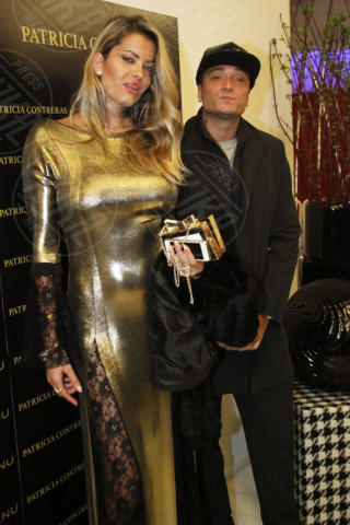 Guè Pequeno, Natalia Bush - Milano - 19-02-2014 - Milano Fashion Week: Nina Moric in versione Morticia Addams
