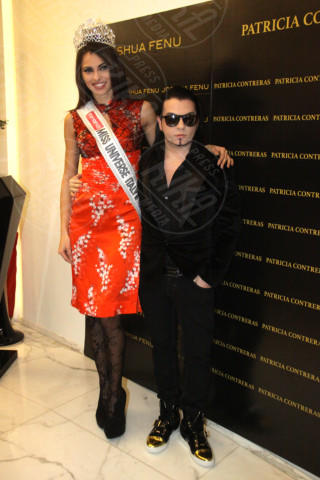 Joshua Fenu - Milano - 19-02-2014 - Milano Fashion Week: Nina Moric in versione Morticia Addams