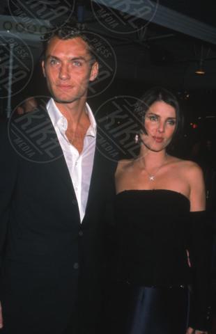 Sadie Frost, Jude Law - Hollywood - 12-11-1999 - Jude Law ci ricasca: quinto figlio in arrivo…dalla ex!