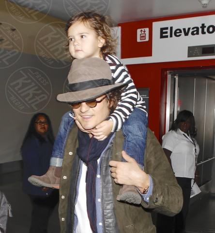 Flynn Bloom, Orlando Bloom - Los Angeles - 19-02-2014 - Mammo son tanto felice, il lato paterno dei vip