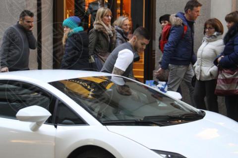 Mauro Icardi - Milano - 21-02-2014 - Shopping in Lamborghini per Mauro Icardi e Wanda Nara