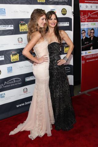 Camilla Sola, Lucilla Sola - Los Angeles - 24-02-2014 - Los Angeles Italia: prima serata con Elisabetta Canalis