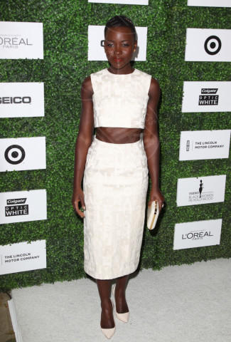 Lupita Nyong'o - Beverly Hills - 27-02-2014 - Top Crop & company: pancini al vento sul red carpet