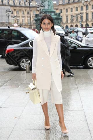 Miroslava Duma - Parigi - 28-02-2014 - En pendant con l'inverno con un cappotto bianco