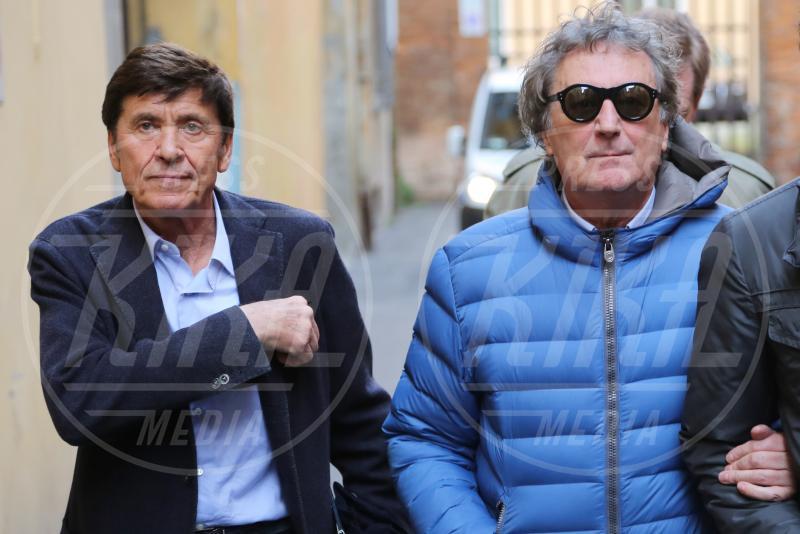 Enzo Iacchetti, Gianni Morandi - Bologna - 28-02-2014 - Amici mai, per chi si odia come noi!