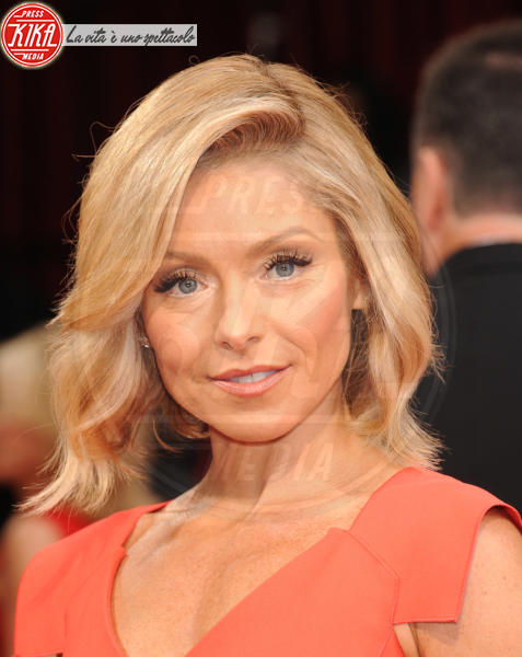 Kelly Ripa - Hollywood - 02-03-2014 - 86th Oscar: sfida all'ultima acconciatura