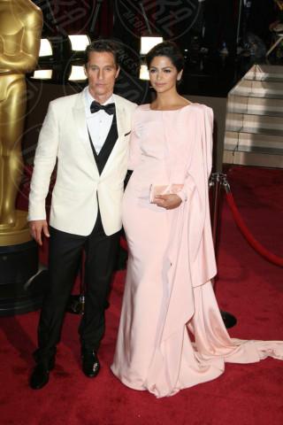 Camila Alves, Matthew McConaughey - Los Angeles - 01-03-2014 - 86th Oscar: Matthew McConaughey è il migliore attore