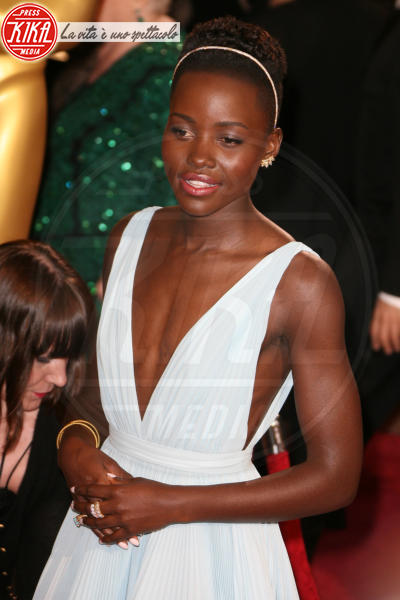 Lupita Nyong'o - Los Angeles - 02-03-2014 - 86th Oscar: sfida all'ultima acconciatura