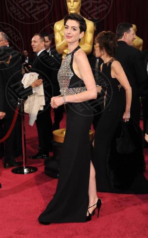 Anne Hathaway - Hollywood - 02-03-2014 - Oscar dell'eleganza 2010-2014: 5 anni di best dressed