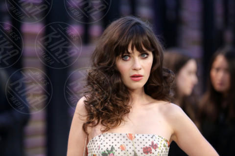 Zooey Deschanel - Los Angeles - 02-03-2014 - Megan Fox: una supplenza di 4 puntate in New Girl