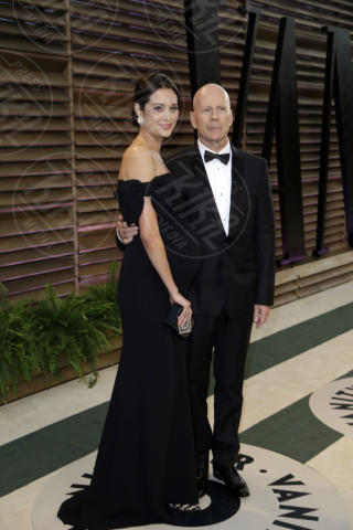 Emma Heming, Bruce Willis - Los Angeles - 02-03-2014 - Potrebbero essere le vostre figlie!!
