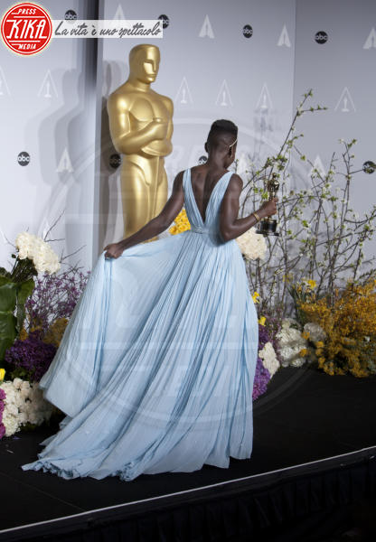Lupita Nyong'o - Hollywood - 03-03-2014 - Oscar dell'eleganza 2010-2014: 5 anni di best dressed