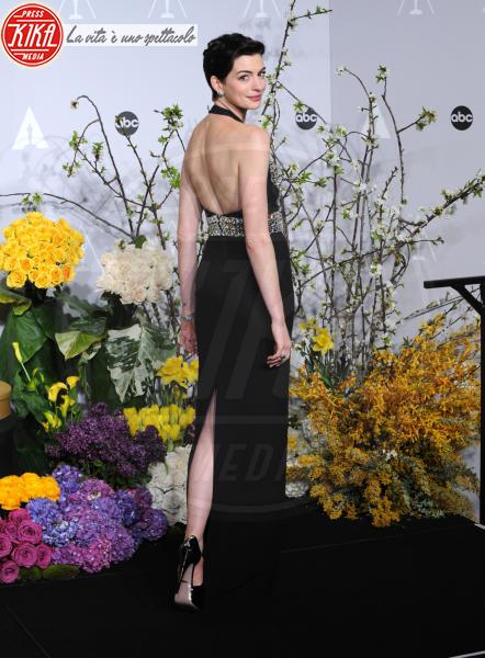Anne Hathaway - Hollywood - 03-03-2014 - Vade retro abito! Le scelte delle star agli 86th Oscar