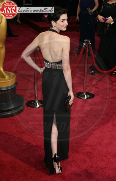 Anne Hathaway - Los Angeles - 01-03-2014 - Oscar dell'eleganza 2010-2014: 5 anni di best dressed