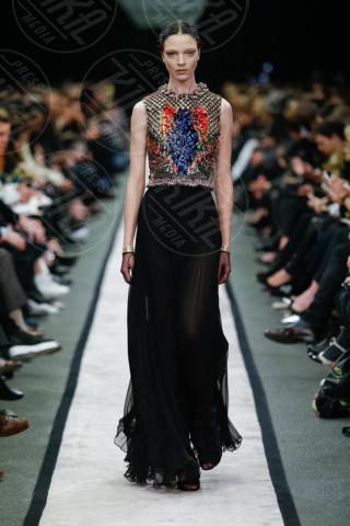 Modella Givenchy - Parigi - 03-03-2014 - Parigi Fashion Week: la sfilata Givenchy