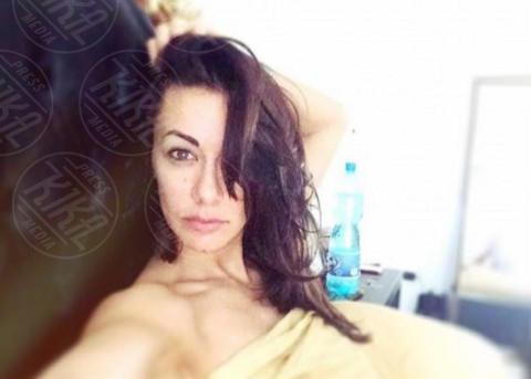Melita Toniolo - Dillo con un tweet: Emma Marrone, da quando sei così magra?